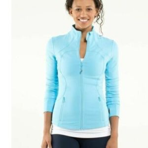 Lululemon Small Forme Jacket Cuffins Light Blue